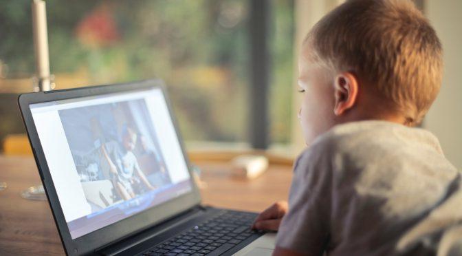 Parental control: la guida a come tenere al sicuro i tuoi figli dalle insidie di internet