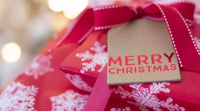 Cosa regalare a Natale: idee regalo per tutte le occasioni